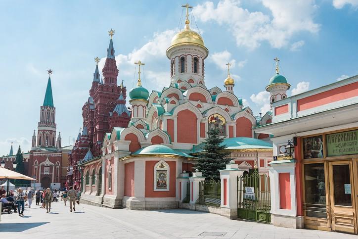 Eglise Notre-Dame de Kazan sur la place Rouge, © Okoguide