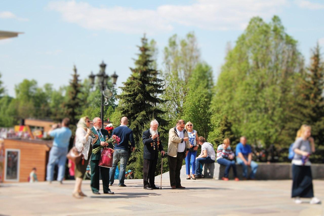 05ujnuDCUH0 - La Russie - une histoire de sang et de coeur. Françoise.
