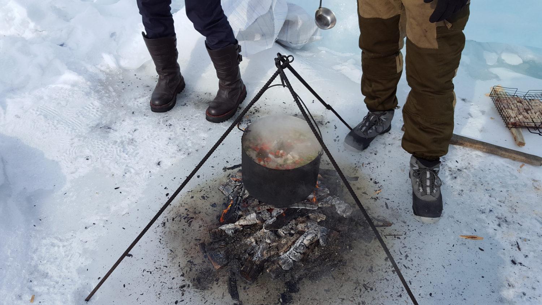 """Baïkal - soupe de poisson utilisé dans la page """"La Russie sous la neige, un rêve réalisé"""". Catherine et Roger"""