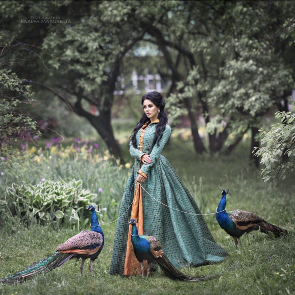 photo femme habits traditionnels russes maria kareva 1024x1024 - Rencontre avec la photographe russe Margarita Kareva. Маргарита Карева
