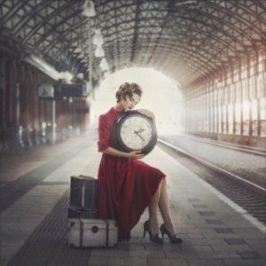photo femme russe gare maria kareva 300x300 - Apprendre le russe