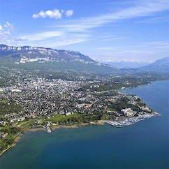 aix les bains vue de la ville - Merci, vous êtes inscrit au Stage de Russe à Aix !