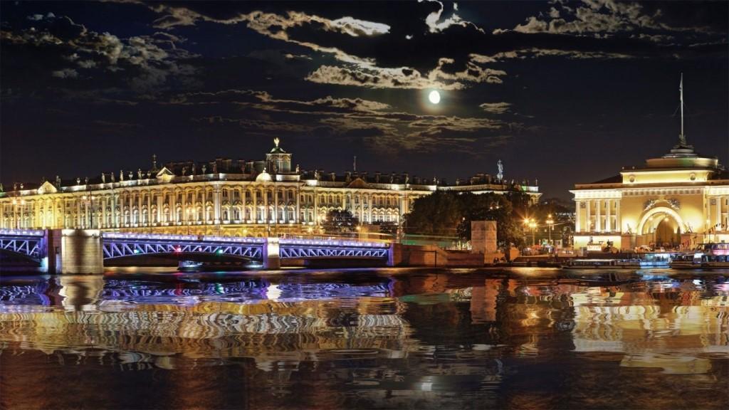 Saint Pétersbourg Néva Amirauté Palais Hiver Зимний дворец Адмиралтейство отражение - Stage de Russe à Saint-Pétersbourg, Niveau Elémentaire